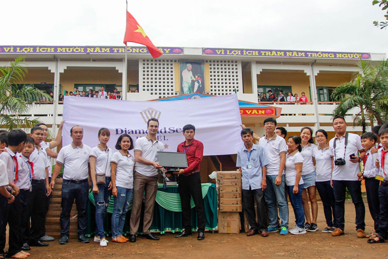 A memorable Charity Trip to Quang Tri Province