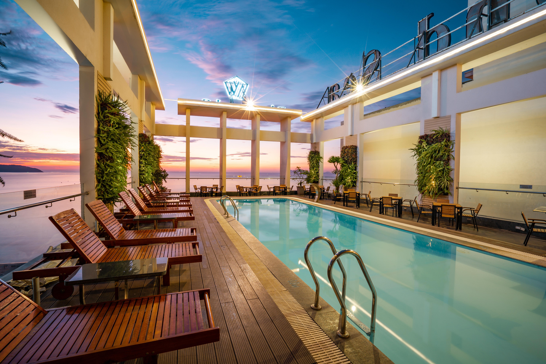 Top 10 khách sạn 4 sao biển Đà Nẵng